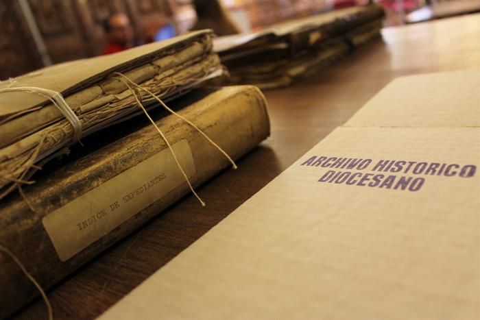 El custodio del Archivo Diocesano de León   Historia & Arte