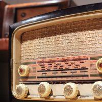 Radios antiguas de Juan Reyero: el coleccionista de voces dormidas