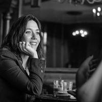 Violeta Serrano: «A nuestra generación le vendieron que si estudiábamos, nos iba a ir bien. Y no fue así»